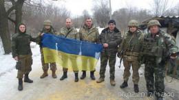 Буковинські волонтери відвідали з допомогою бійців на фронті