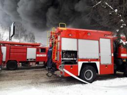 """Стала відома причина загорання контейнерів на """"Калинівському ринку"""" у Чернівцях"""