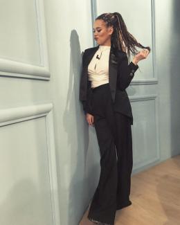 Буковинка Марія Яремчук здивувала довгими дредами (фото)