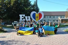 Чернівецькі велосипедисти задля збереження чистого довкілля проїхали 156 км (фото)