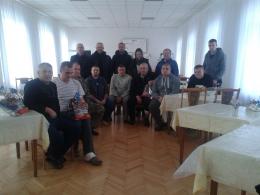 Волонтери та буковинські свободівці привітали поранених бійців і вручили їм подарунки (фото)