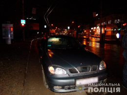 """У Чернівцях водій на """"Daewoo"""" збив пішохода, потерпілого госпіталізували"""