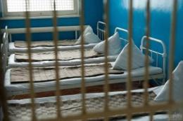 Недієздатного чоловіка з Буковини безтерміново запроторили у психлікарню закритого типу