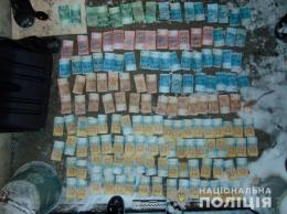 У Чернівцях двоє молодиків крали гроші з водоматів (фото)