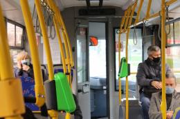 У Чернівцях пасажира тролейбуса оштрафували, бо не хотів одягати маску
