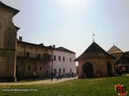 У Хотинській фортеці встановлять фотозону та сонячні лавки