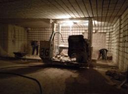 У Сокирянській колонії засуджені без спецодягу працюють гірниками (фото)
