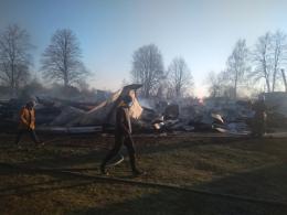 На Буковині юнака, якого підозрюють у підпалі церкви, залишили під вартою