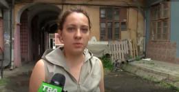 У Чернівцях на Франка уже два тижні тече вода (відео)