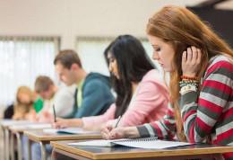 На Буковині найгірші знання на ЗНО показали учні навчально-виховних комплексів, а найкращі - випускники гімназій та ліцеїв