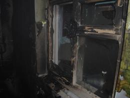 На Буковині селяни врятували сусіда з палаючого будинку
