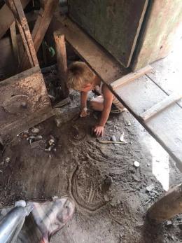 Волонтерка з Буковини знайшла українського мауглі