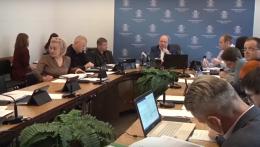 Головний освітянин Чернівців прийшов не готовим на засідання виконавчого комітету (відео)