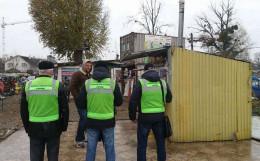 У Чернівцях продовжують демонтувати незаконні МАФи (відео)