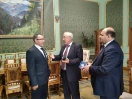 Екс-послу України в Молдові присвоїли звання «Почесний громадянин Буковини»