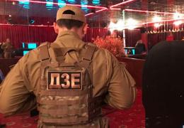 На Буковині правоохоронці за день ліквідували 17 підпільних казино (фото)