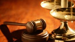 Суд виправдав настоятеля храму в Красноїльську, якого оштрафували за порушення карантину на Великдень