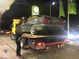У поліції повідомили подробиці затримання на АЗС у Чернівцях п'яного водія
