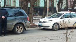 У Чернівцях автівка патрульної поліції потрапила у ДТП.