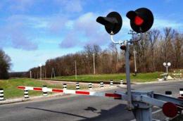 Через негоду було знеструмлено сім залізничних переїздів на Буковині