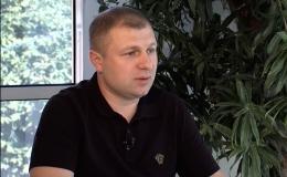 Депутат Михайло Яринич вибачився, що вдарив колегу і назвав владу «ідіотами»