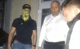 СБУ розповіла подробиці затримання підполковника поліції Буковини