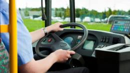 Оштрафували водія маршрутки, що перевозив людей до Чернівців, які повернулись з-за кордону