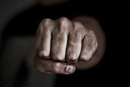 На Буковині на 8 років посадять 52-річного чоловіка за побиття, яке призвело до смерті