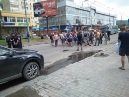 Перекриття вулиці Хотинської: активісти планують у понеділок продовжити акцію