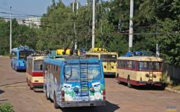 У Чернівцях не курсуватимуть деякі тролейбуси і змінять рух маршрутки