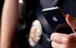 У Чернівцях патрульні повернули власнику втрачений телефон