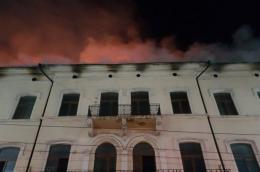Стало відомо про причину масштабної пожежі на вулиці Франка у Чернівцях