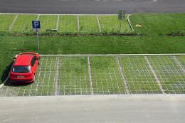 Чернівчани пропонують створити екопарковки у місті