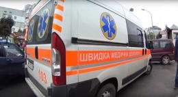 У Чернівецькій області на автотрасі раптово помер чоловік