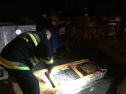 На Героїв Майдану у Чернівцях горів диван (фото)