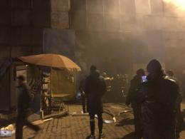 У Чернівцях на ринку по вулиці Зеленій горів ангар (фото+відео)