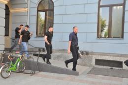 Правоохоронці відпустили заступника міського голови Чернівців Володимира Середюка