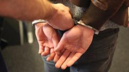 На Буковині заарештували пенсіонера, який намагався вбити невістку і вкоротити собі віку