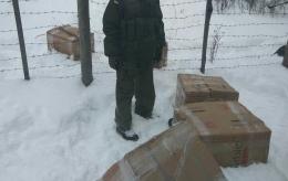 На Буковині затримали контрабандні сигарети по обидва боки кордону