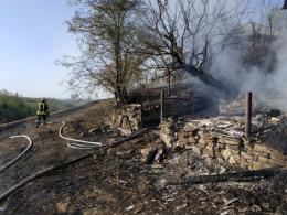 На Буковині в масштабній пожежі згоріло три тонни вугілля (фото)