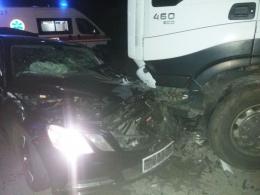 На Буковині зіткнулись два легковика та вантажівка, постраждало троє дорослих і дитина