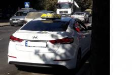Чернівчани обурюються таксистом, який виставляє шокуючі рахунки
