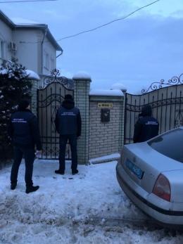 В екс-голови Чернівецької ОДА Олександра Фищука проводять обшуки