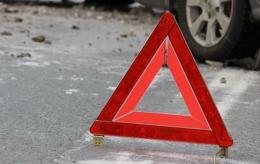 У центрі Чернівців водій мікроавтобуса збив чоловіка