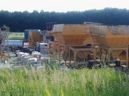 Чернівці запустили асфальтовий завод і розпочали ремонт доріг