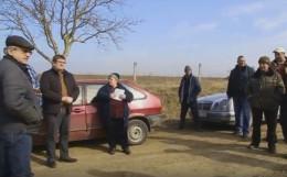 Жителі Новоселицького району чекають, поки відремонтують дорогу