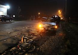 На Буковині Peugeot збив чоловіка