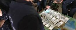 Керівник райавтодору на Буковині взяв у підприємця хабар за укладення договору