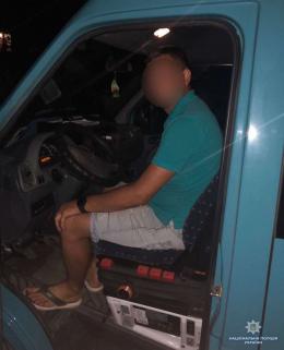 П'яний водій маршрутки на Буковині перевозив пасажирів без водійських прав (фото)