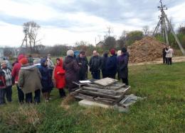 На Буковині мешканці виступили проти будівництва мобільної вишки біля житлових будинків